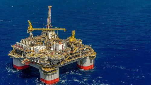 Se revisarán contratos petroleros para fin de año: AMLO