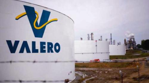 Firma Valero acuerdos de largo plazo para almacenaje de refinados