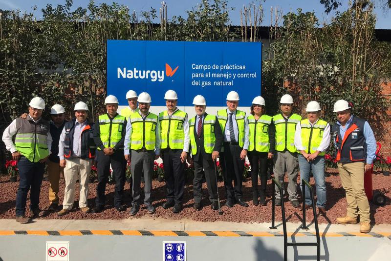 Inauguran campo de prácticas para manejo del gas natural