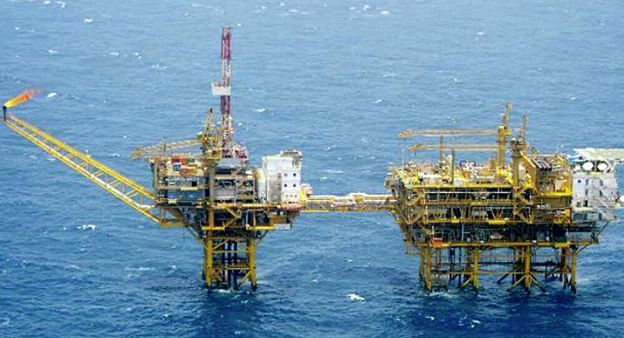 Ahogadas petroleras de A.L.; Pemex, la más vulnerable