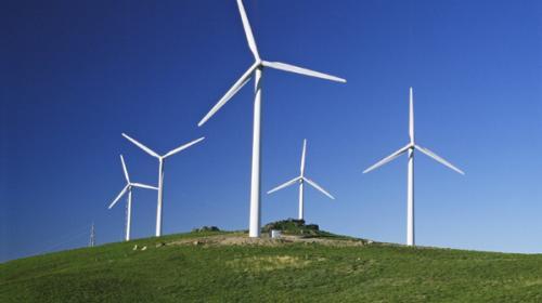 Invertir en renovables crearía miles de empleos necesarios