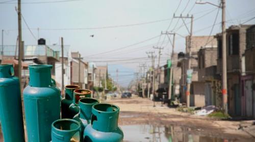 Donan gaseros 131,000 lt de combustible a más pobres