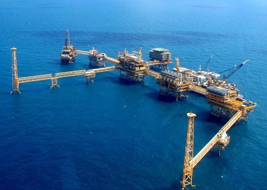 Plan para almacenar petróleo crudo en el yacimiento Akal