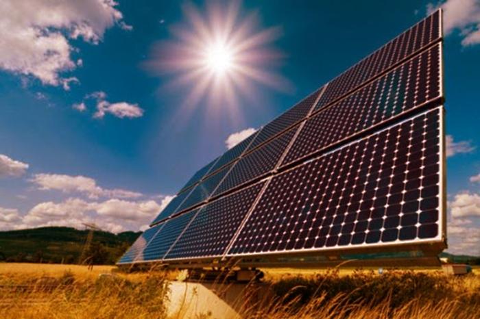 Multa Cofece por MX$ 977,000 a empresas solares