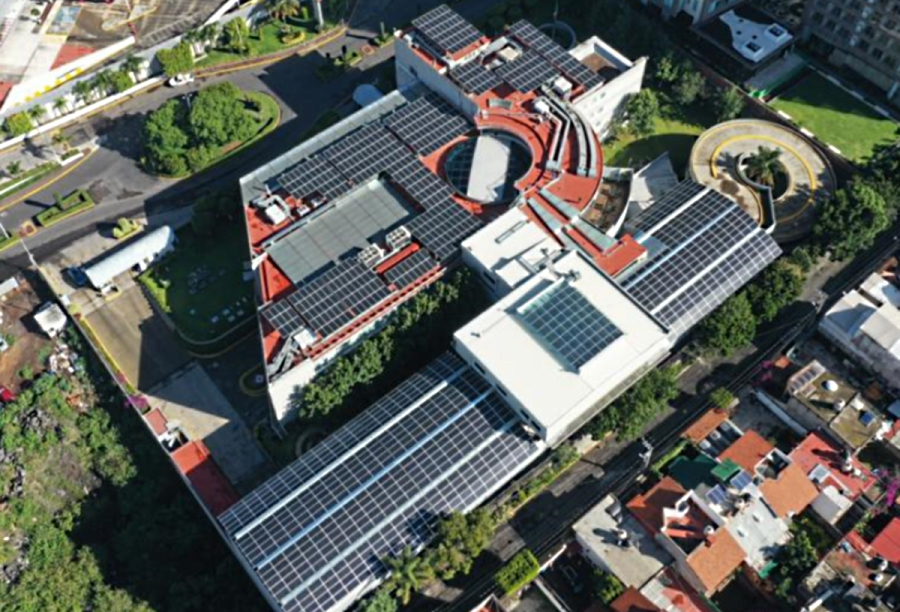 Instala cementera Cruz Azul techo solar