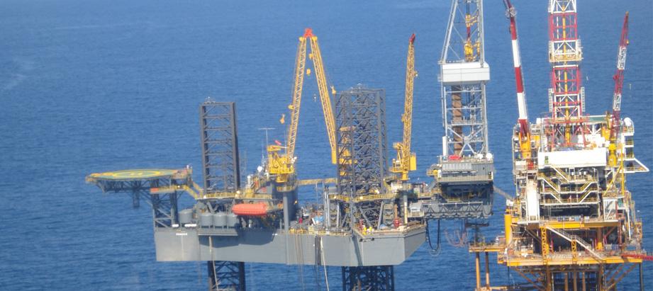 Pemex suspende contratos por 650 millones dls: IHS Markit