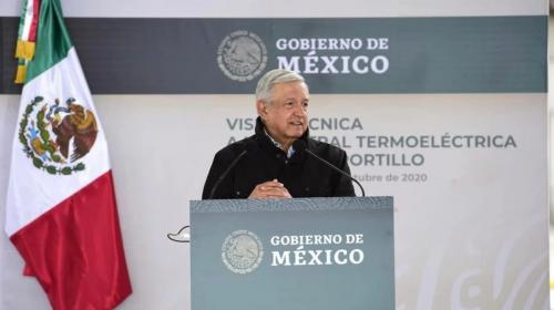 AMLO responde a legisladores de EEUU: rescataré a Pemex y CFE
