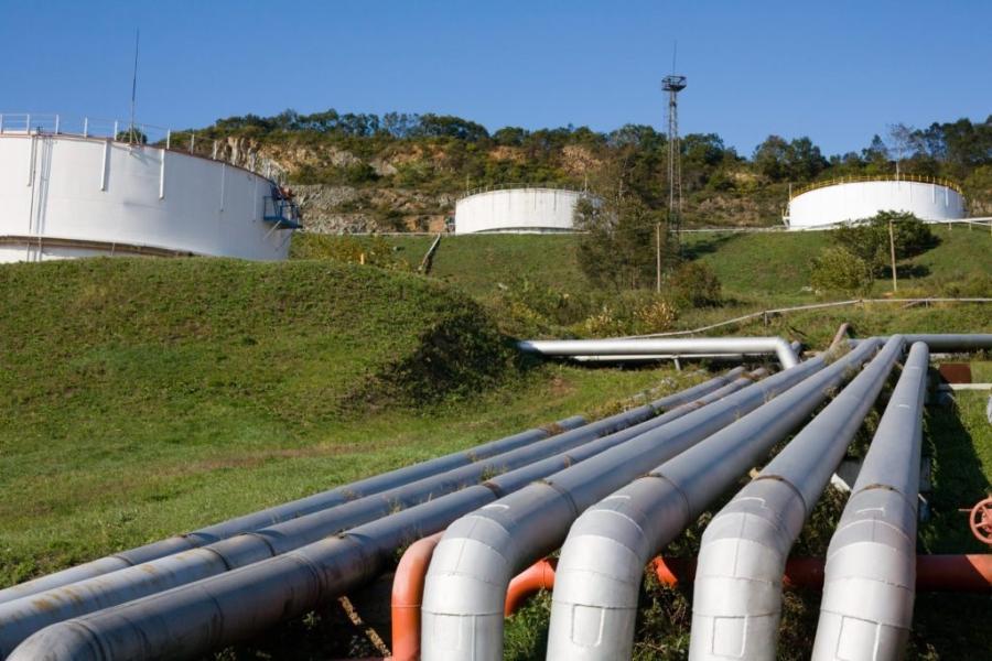 Gas natural, baterías e hidrógeno, en ese orden