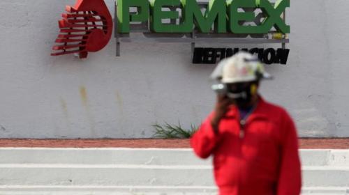 Estudia gobierno más rebajas fiscales a Pemex