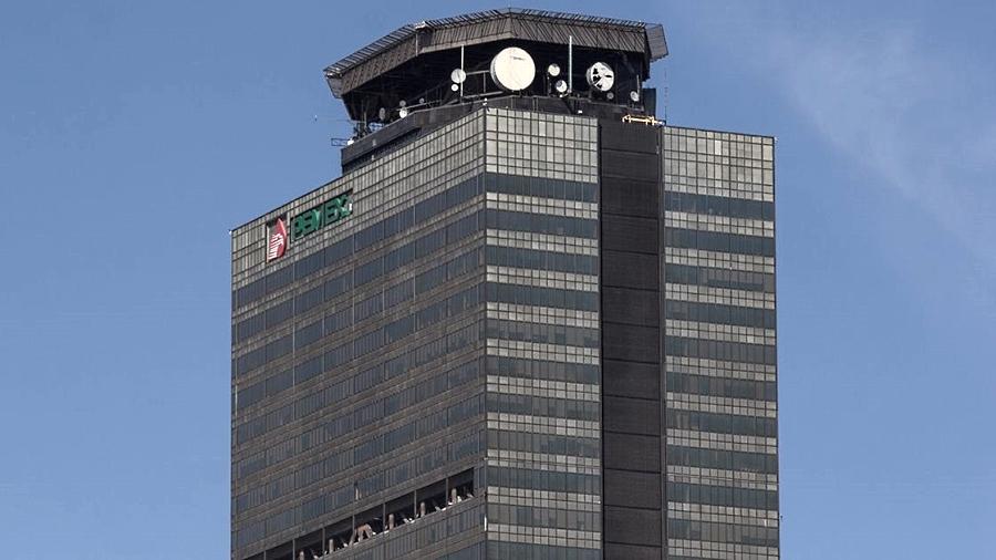 Rescinde Pemex 4 contratos a Litoral; encuentran uno más