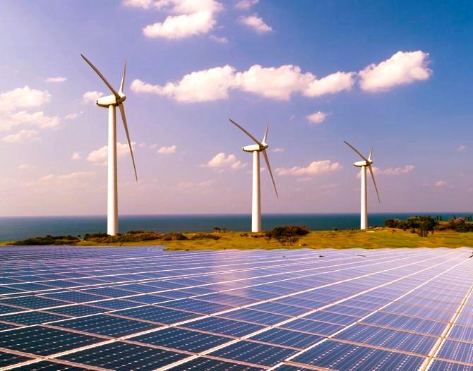 A revisión las renovables por apagón: CFE