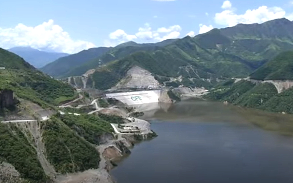 Refrenda López Obrador modernizar hidroeléctricas