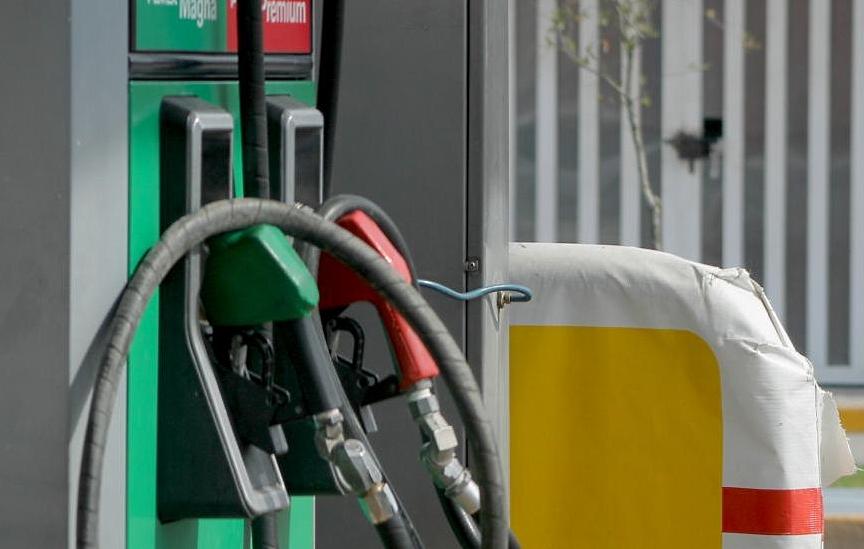 Regresa estímulo fiscal a gasolinas en año electoral