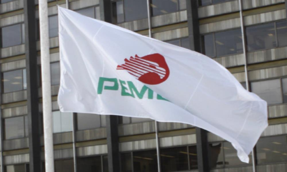 Mediante decreto, se reduce la carga fiscal a Pemex