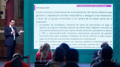 Convoca López Obrador al debate sobre el sector eléctrico