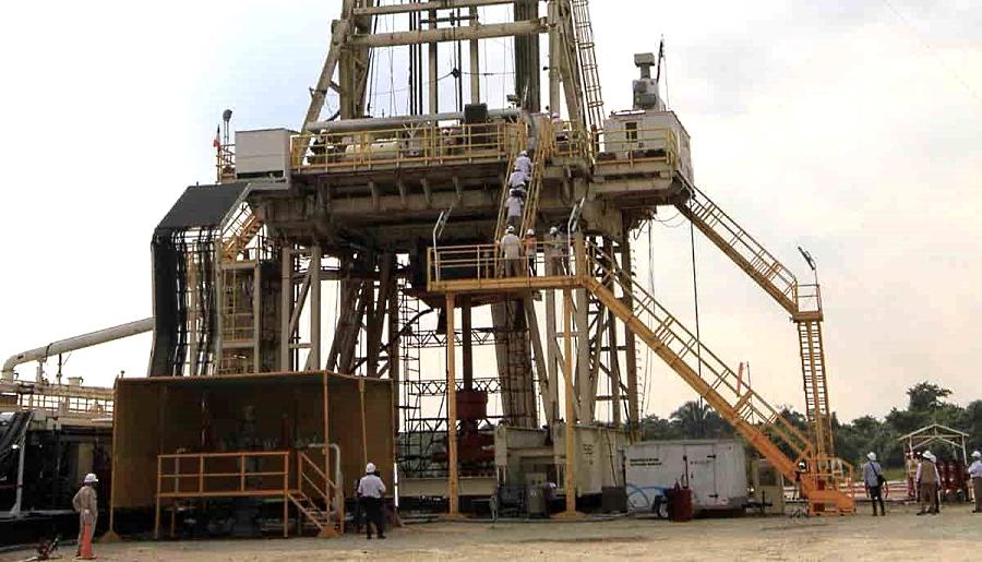 Reciben 6 empresas suspensión contra Ley de Hidrocarburos