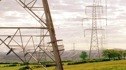 Invertirá CFE más de 92,600 millones de pesos en transmisión