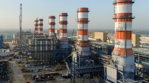 Determinan contenido nacional para nuevas centrales eléctricas