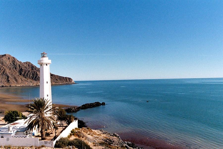 Desarrollan estudiantes de Baja California solución eléctrica en mar