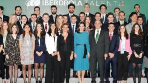 Beca Iberdrola a once estudiantes mexicanos