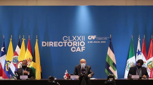 Otorga Banco CAF línea de crédito a CFE por USD 200 millones