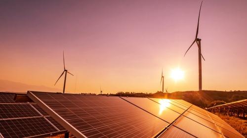 Reconoce gobierno avance de renovables