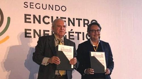 Van por energía solar Asolmex y Clúster de Energía Nuevo León
