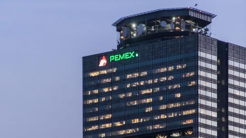 Se eliminan 375 plazas en la reestructuración de Pemex