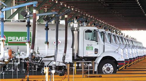 AMLO achaca aumentos de precios a los gasolineros