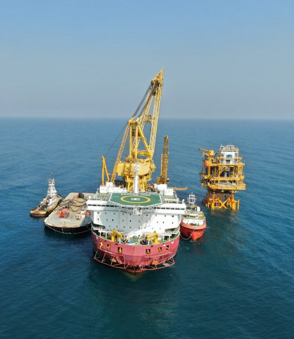 Instala Eni plataforma Miztón en el Golfo de México