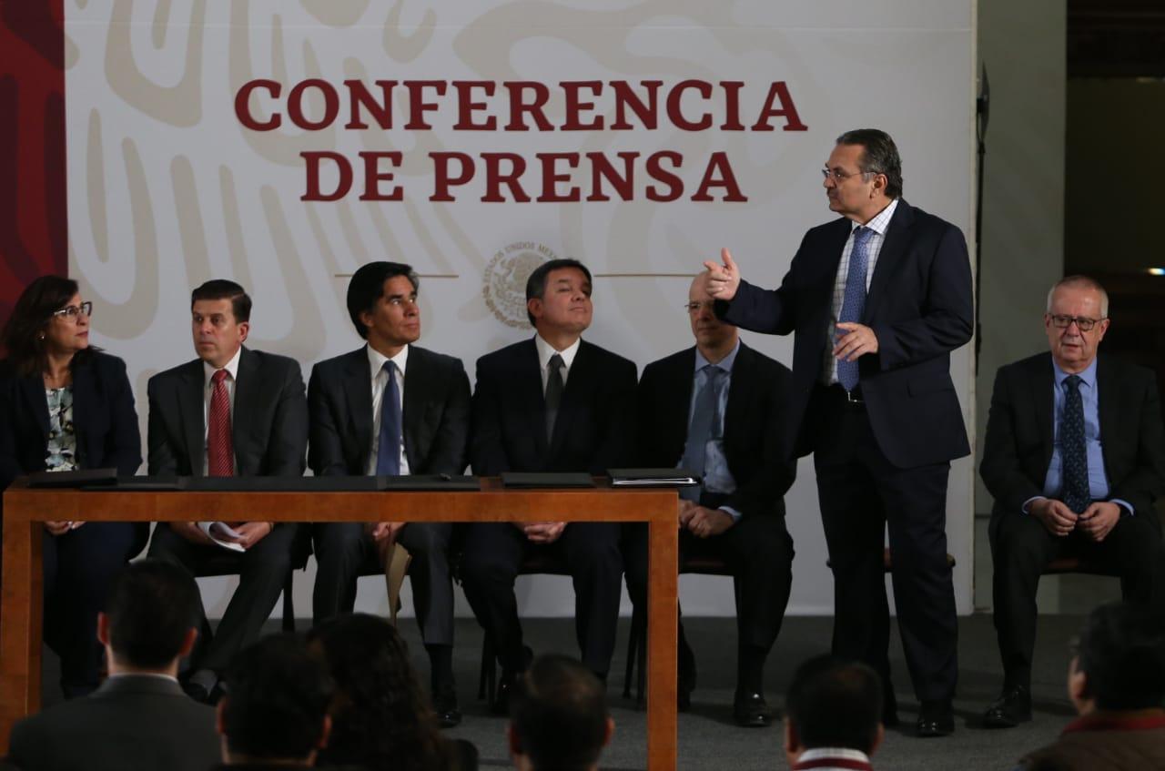 Reestructuran deuda de Pemex por 8 mil millones de dólares
