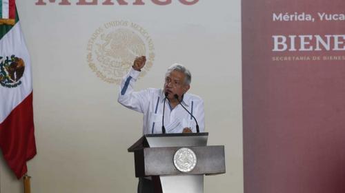 Contra apagones, AMLO promete gas y central eléctrica en Yucatán