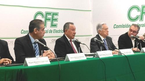 Gas del ducto marino no es para empresarios: Bartlett Díaz