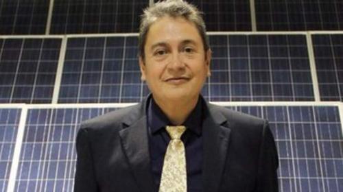 Renuncia González Quijano, titular de Energías Renovables