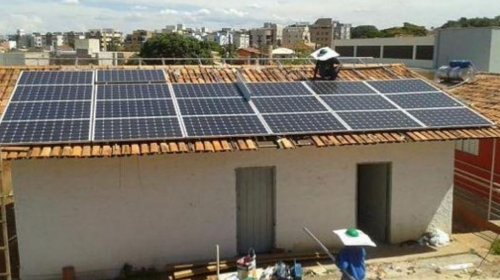 Analizan bono solar para eliminar subsidio eléctrico