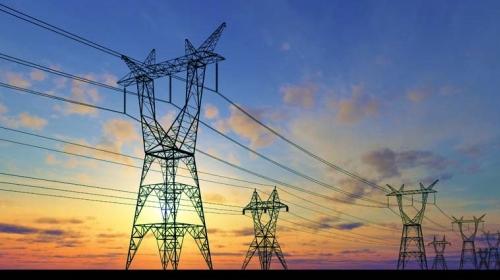 Empresas eléctricas piden a AMLO certidumbre para sus inversiones